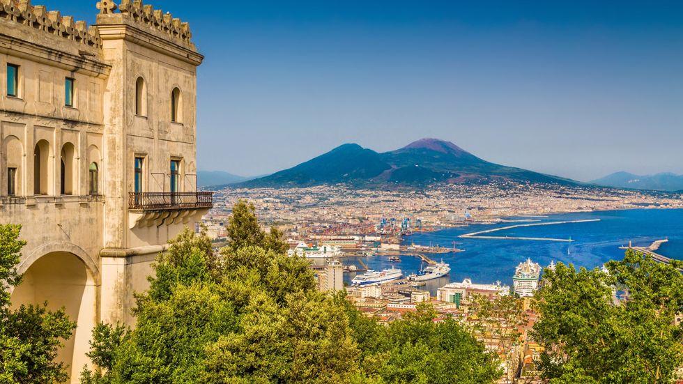 Cruceros Nápoles